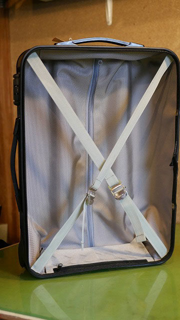(RIMOWA)リモワ/2輪サルサの本体側内装生地張り替え後