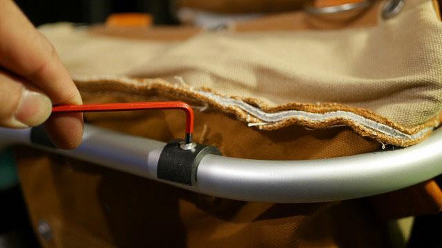木の庄帆布×ミズノ/キャディバッグのフレームと本体を取り外す