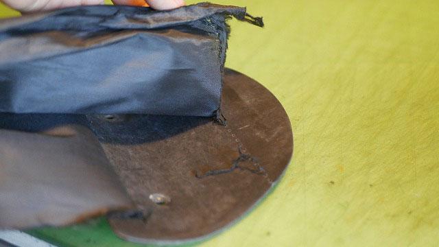 (BLUE TEE GOLF)ブルーティーゴルフ/キャディバッグの間仕切り布の底解れ