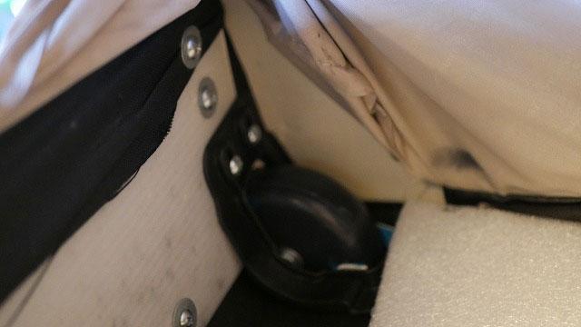 (Samsonite)サムソナイト/キャリーバッグのパーツを固定している箇所