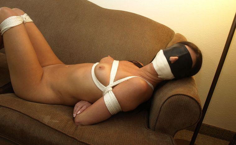 Amateur nude woman gallery