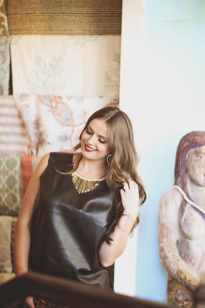 maternity_fashion_bond_girl_glam_irina_bond_pregnancy_style_leather_bailey_44_leather_shirt_metallic_skirt_bleudog_fotography9
