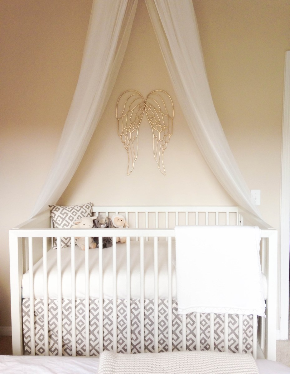Baby Vienna's Nursery Tour & mamaRoo Giveaway
