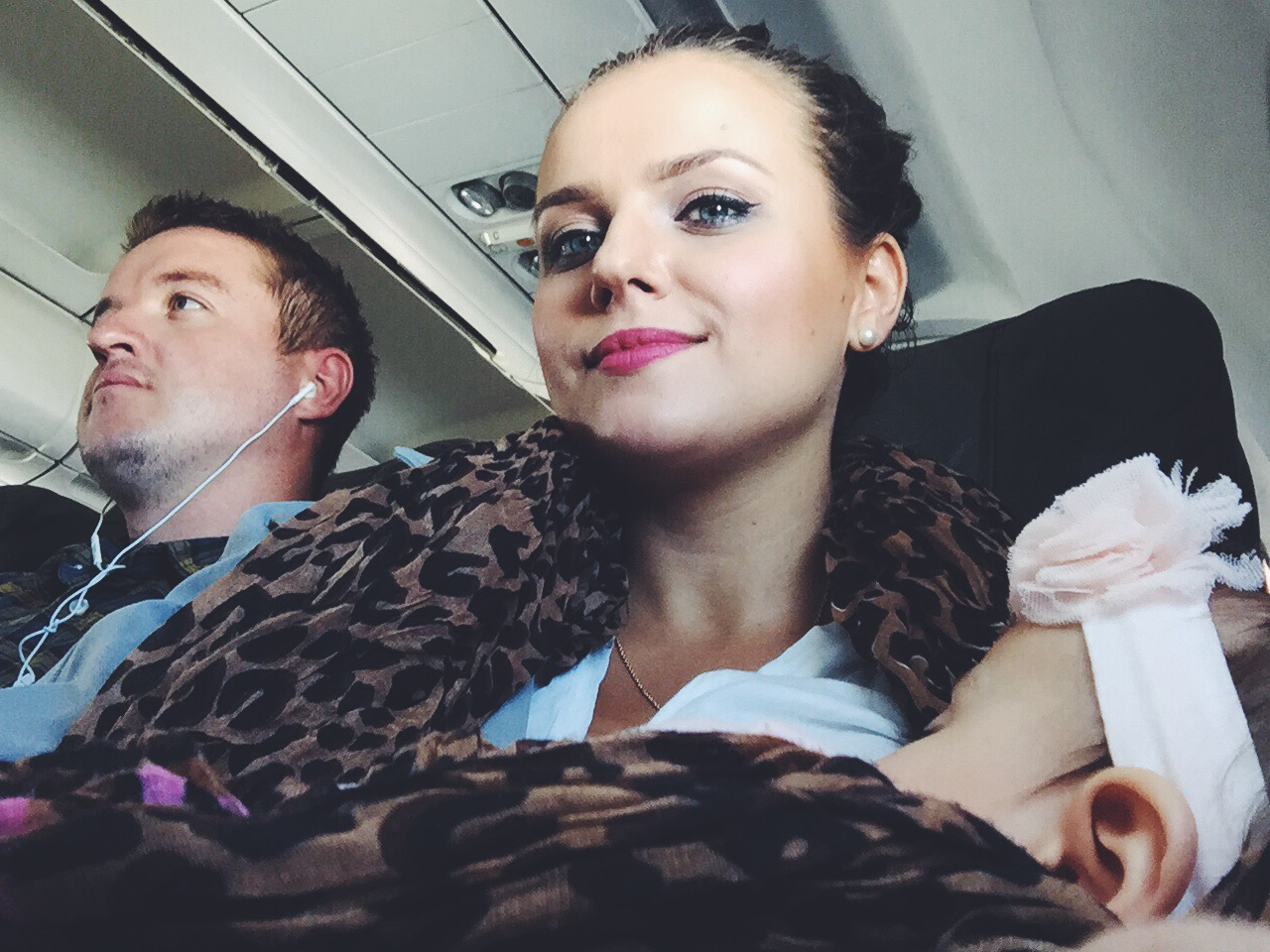 10 Tips For Flying With A Baby Bondgirlglam Com A
