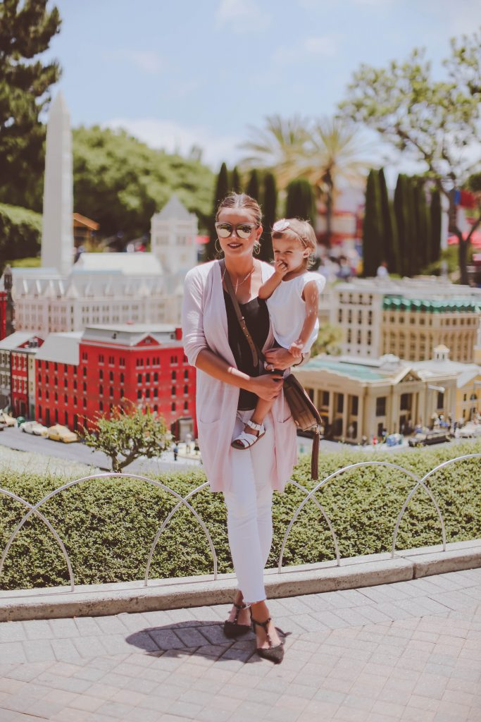 10 Must-Haves for a Successful First Theme Park Visit | BondGirlGlam.com