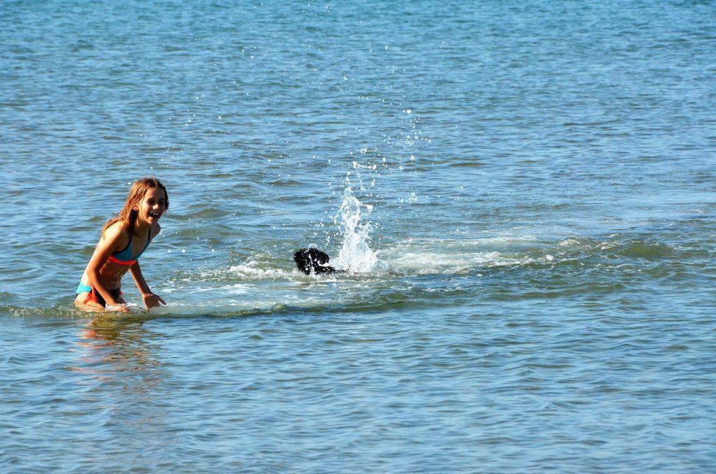 Hondenstrand Riumar, paradijs voor hond én baasje