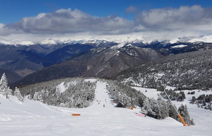 Op wintersport in Catalonië   ski resort Port Ainé   Skien Catalaanse Pyreneeen