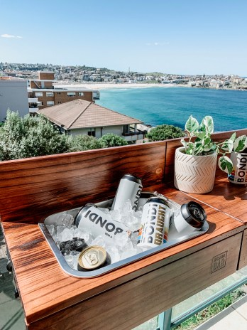 Bondi Bar Table
