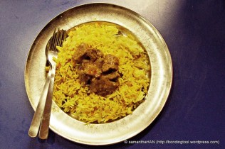 So the Fish Curry did not sting my tongue and in quest for hotter food, Kim ordered Mutton Curry.