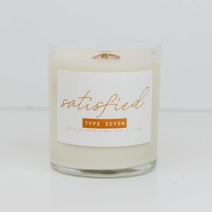 Satisfied Enneagram 7 Candle
