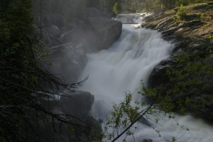 Falls at high water