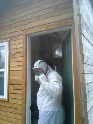Foam insulation installer