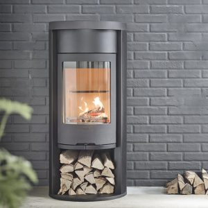 Contura 620 style wood burning stove in black