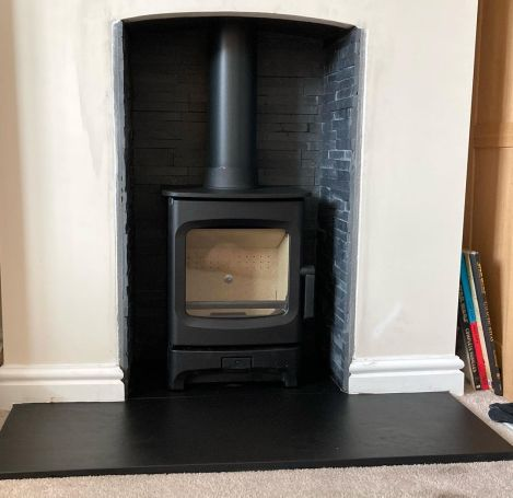 Charnwood Aire 3 Wood Burning Stove Installation with brick lining