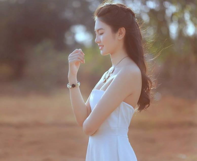dang-nguyen-phuong-nghi-khoe-net-dep-tuoi-tre-tuoi-thanh-xaun (1)