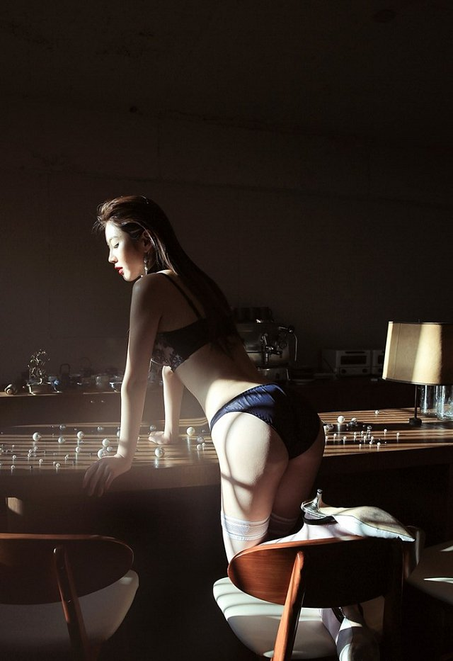 nong-hung-huc-vi-loat-anh-noi-y-cua-lee-chae-eun (4)