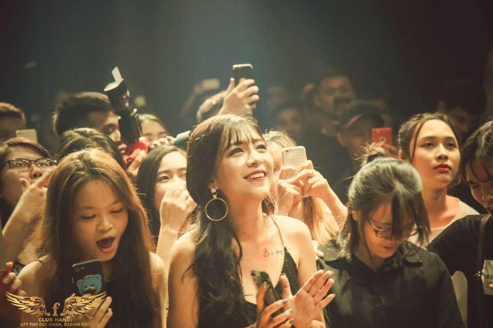 ghen-ty-nhan-sac-van-nguoi-me-cua-hot-girl-phuong-anh (5)