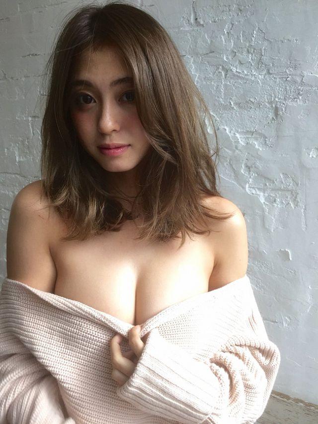 nong-hung-huc-ngam-nang-mc-okawa-ai-khoe-body-nong-bong-4