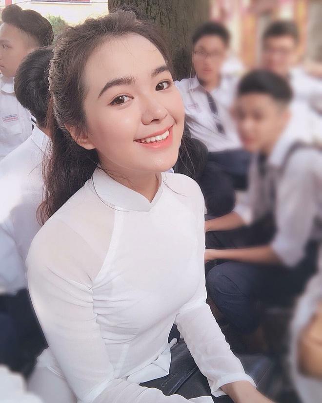 https://bongdaso.co/ngan-ngo-vi-voc-dang-qua-dinh-cua-nang-anyaphat-w/