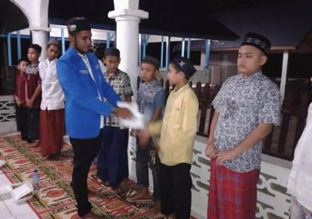 Buka Bersama, PK – KNPI Nisam Antara Berbagi dengan Anak Yatim