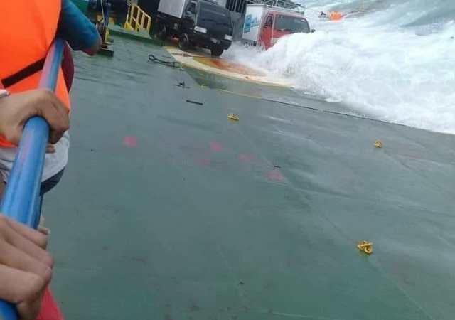 30 M Uang Gaji 13 Ikut Hanyut Dalam Musibah KM Lestari Maju