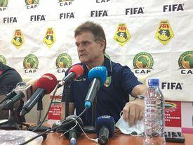 Didier Six, entraineur du sily