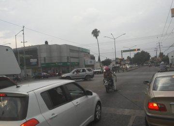 Caos en León por falla en semáforos