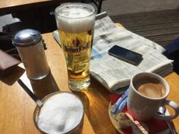 berr, coffee, Berlin, sunny day, spring, Easter, latte machiatto