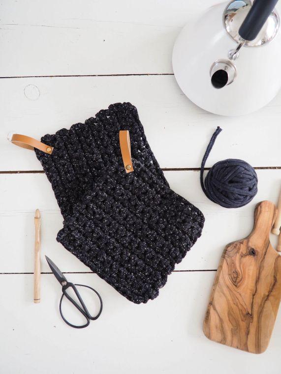 Patron gratuit DIY manique crochet XXLtrapilho