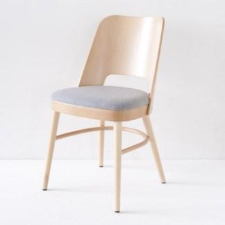 chaise-vintage-naturelle-tissu-feutre-galet