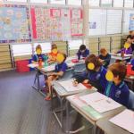 オーストラリアの小学校で日本語の授業に参加しました。日本との違いを伝えます。