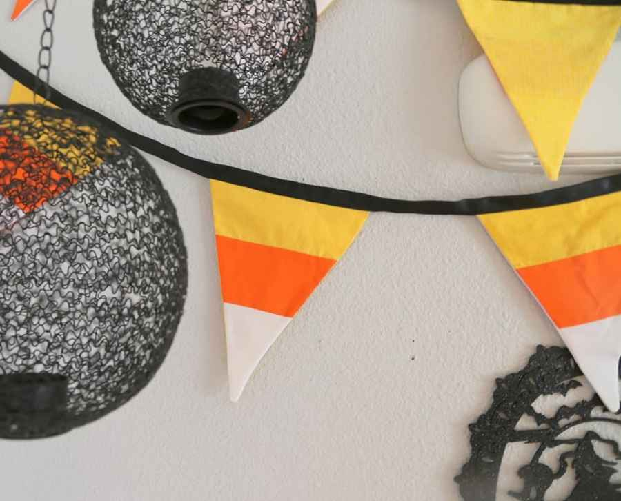 Need an easy Halloween sewing project to decorate for the season? This candy corn pennant banner is just the ticket! It's adorable, super simple and beginner friendly. Plus it will get the whole family in the mood for the spookiest holiday of the year!