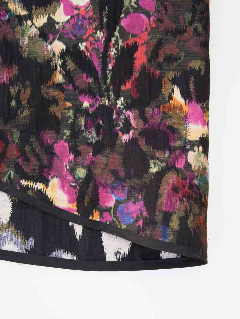 skirt-hem-close-up