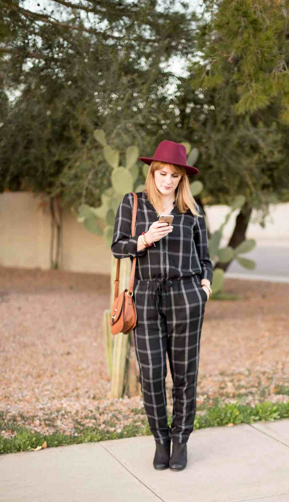 casual-jumpsuit-plaid
