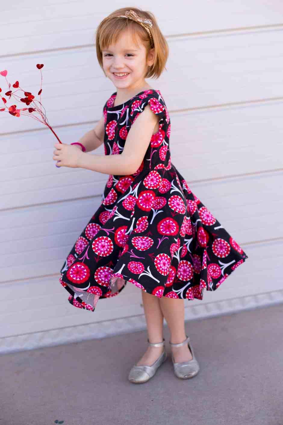 circle-dress-hearts