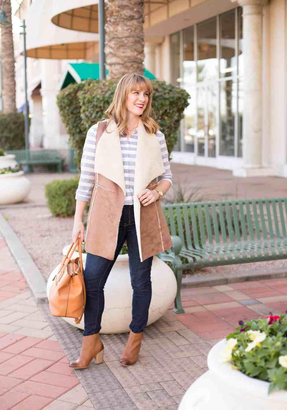 vest-stripes-skinny-jeans