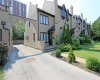 575 Roehampton Avenue, Toronto, Toronto, 2 Bedrooms Bedrooms, ,3 BathroomsBathrooms,Att/Row/Twnhouse,Sold,Roehampton Avenue,1016