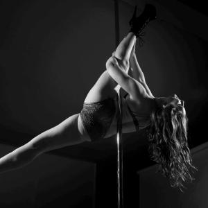 Stretch Class with Kate Garrett - International Dance Day