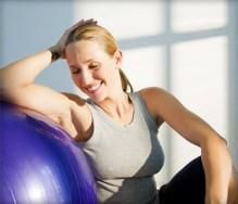 woman_exerciseball