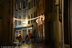 A Strasbourg, même les ruelles plus modestes ont revêtu leur parure de Noël