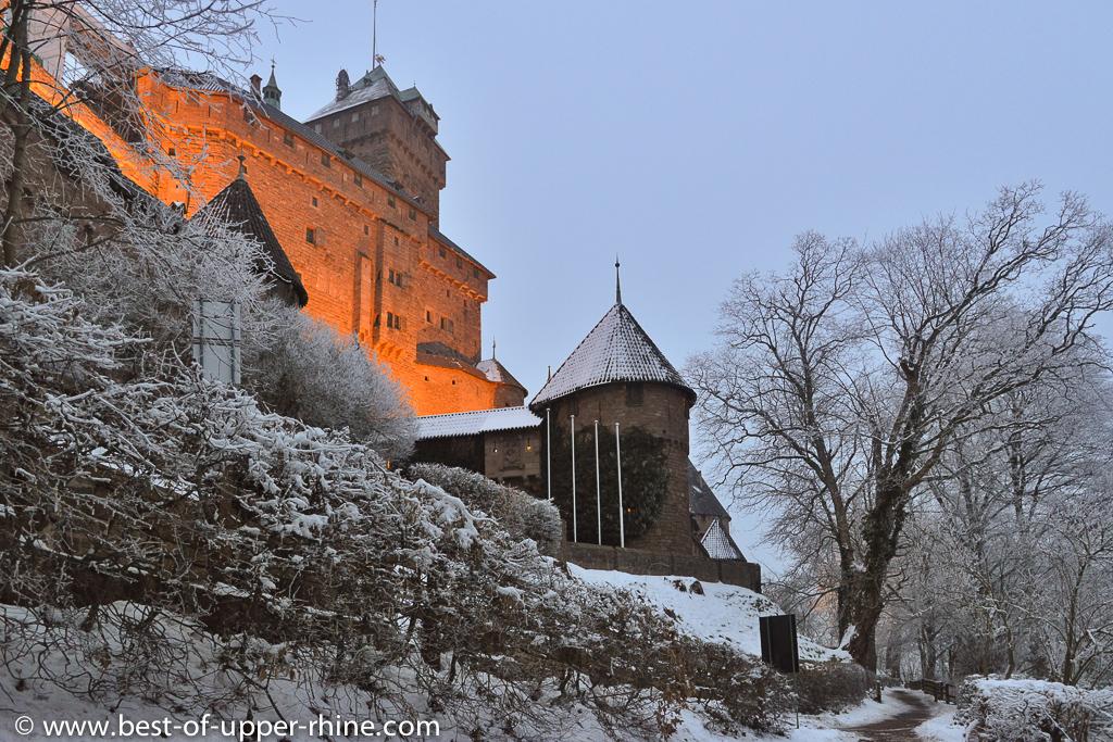Le château du Haut-Koenigsbourg, à 20 minutes de Riquewihr, est ouvert toute l'année.