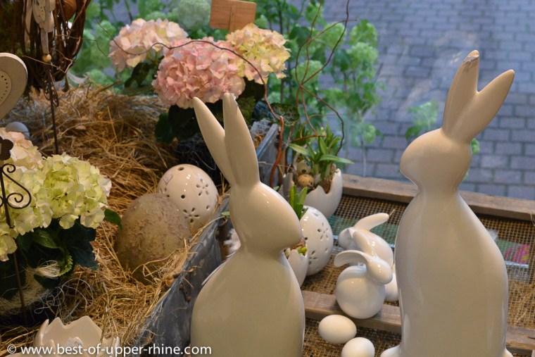 Le lièvre de Pâques et les œufs