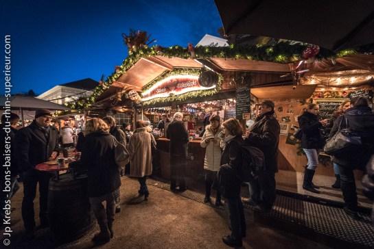 Au marché de Noël de Baden-Baden en Allemagne.