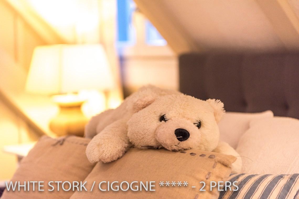 La Cigogne à riquewihr - appartement 5 étoiles déco peluche ours blanc