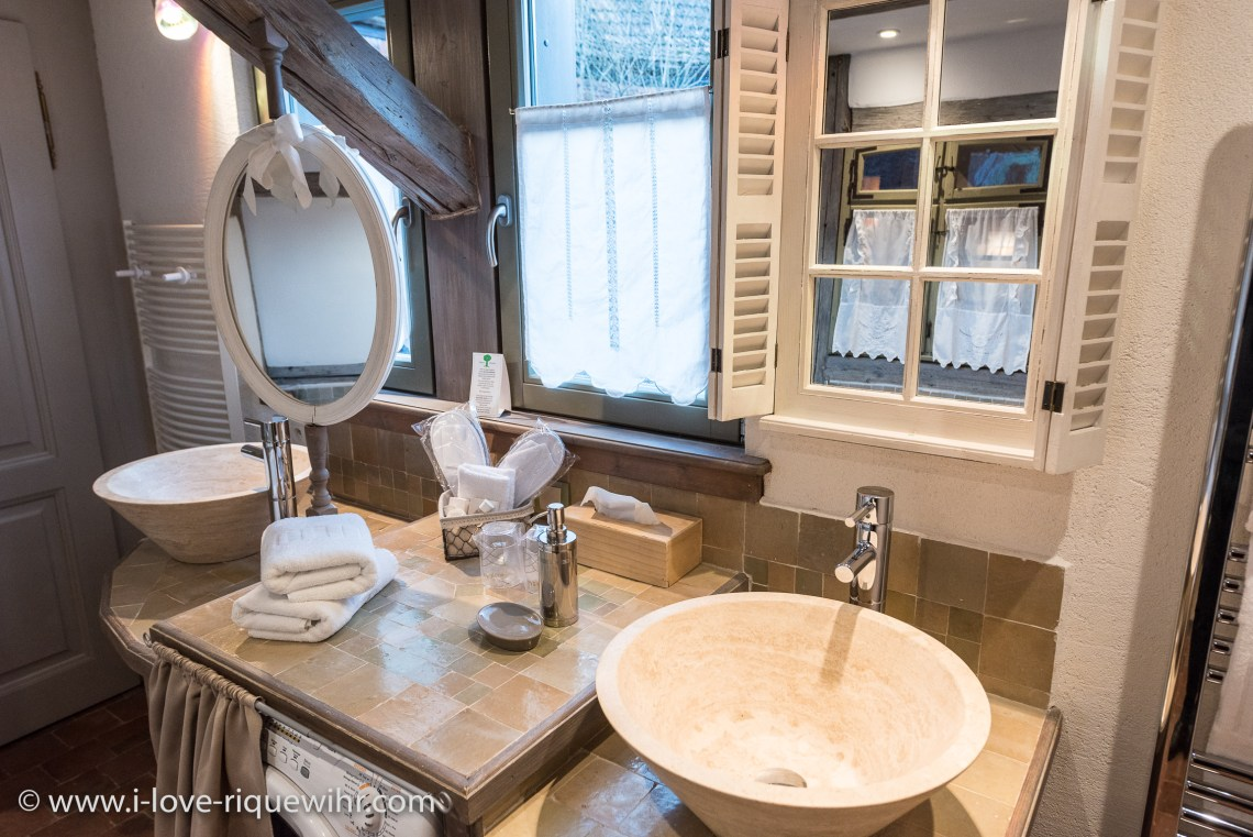 Le Dragon à riquewihr - appartement 5 étoiles la salle de bain