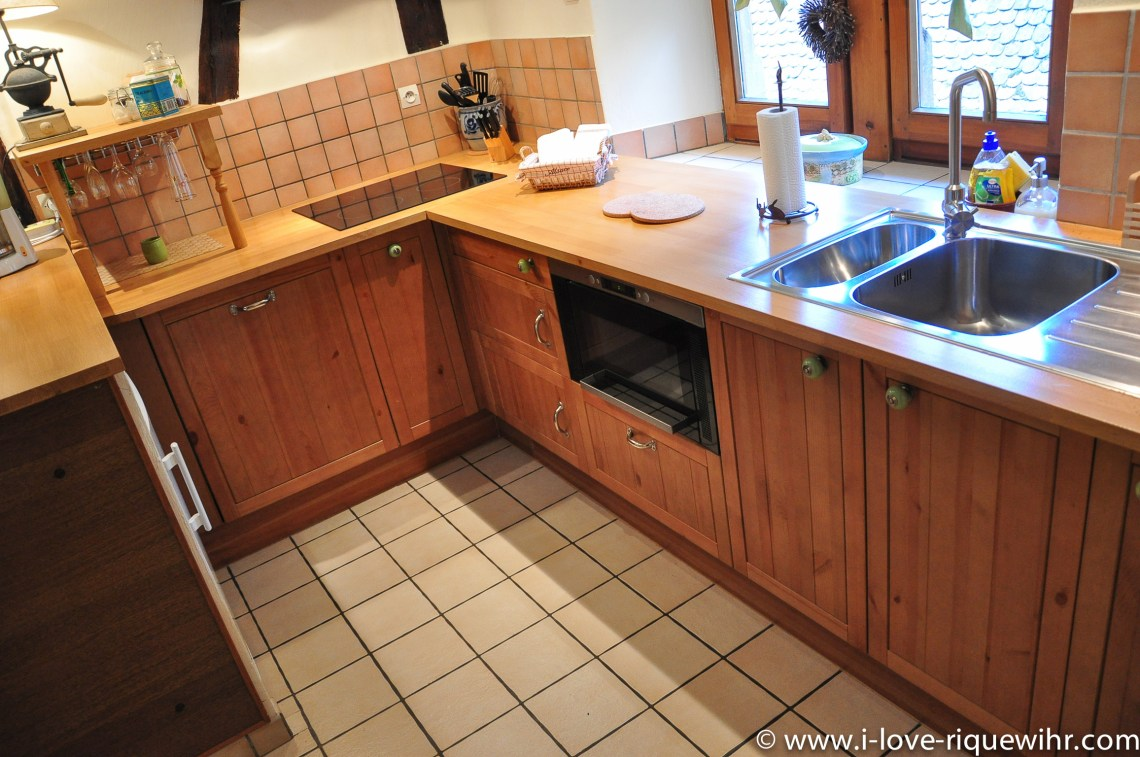 Le Sylvaner à riquewihr - appartement 5 étoiles vue sur la cuisine