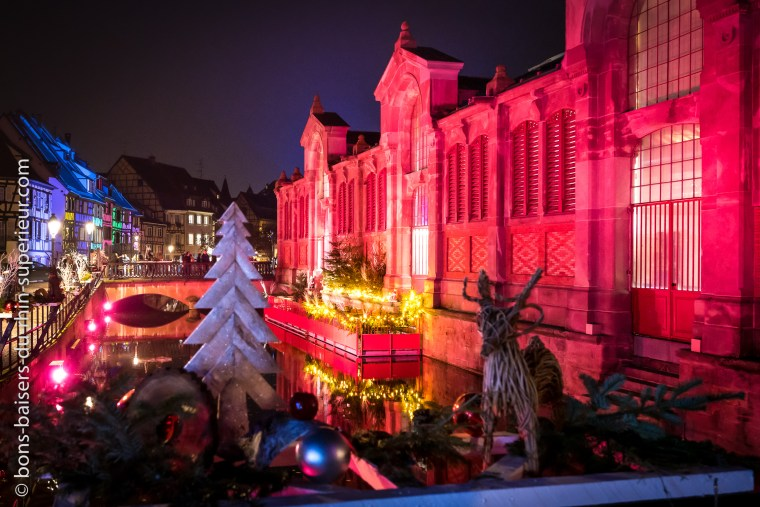 Le marché couvert de Colmar en habits de Noël