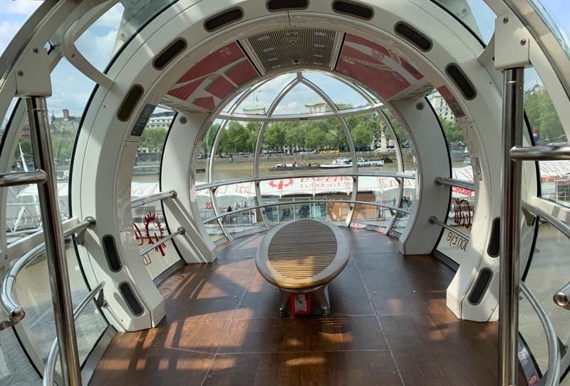 London-eye-interieur
