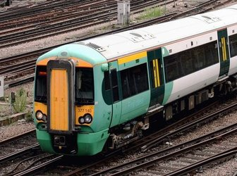 gatwick-train-southern-transfert-aeroport-londres