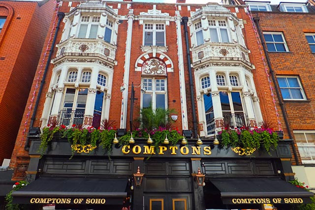 comptons-pub-gay-londres